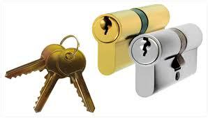 bombin y llave cerrajeros calvia